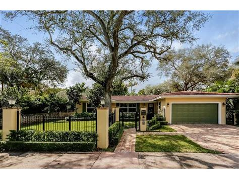 yard house coral gables ewm realtors 187 6930 almansa coral gables price reduced to 1 049 000