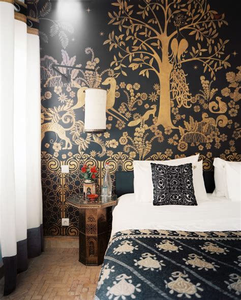 black and gold wall mural 18 romantic bedroom ideas lonny murals paintalifestyle s blog