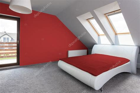 da letto rossa e da letto moderna e rossa foto stock