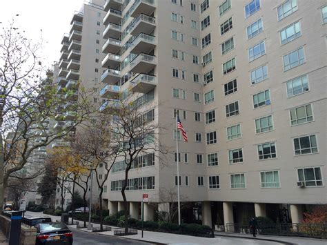 river 2 river realty new york city real estate midtown manhattan house 200 east 66th street new york ny usa