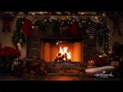 masha   bear    light  chistmas tree christmas video fanpop