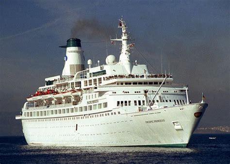 imagenes vacaciones en el mar el barco de la serie vacaciones en el mar inmovilizado