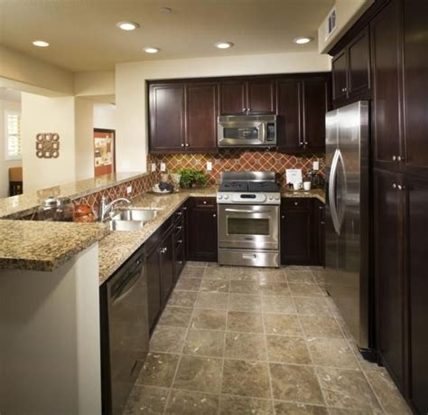 linoleum kitchen flooring 25 best ideas about linoleum flooring on linoleum kitchen floors vinyl wood