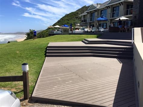 outdoor  extrusion deck wood plastic composite floor