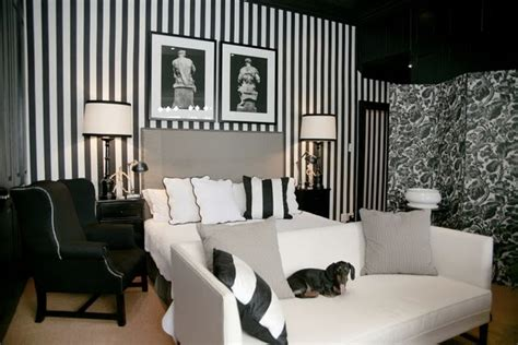 Black And White Wallpapers For Bedrooms The Modern Sophisticate Timeless Black Amp White Stripes