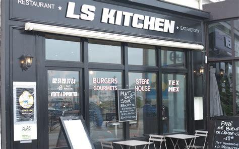 Kitchen Ls by Ls Kitchen Restaurants Les Sables D Olonne Vend 233 E Tourisme