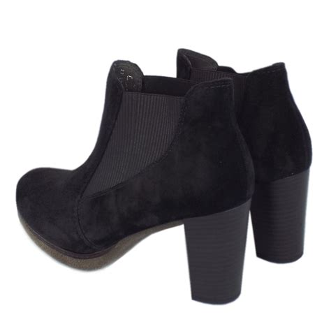 gabor kasi s trendy ankle boots in black suede