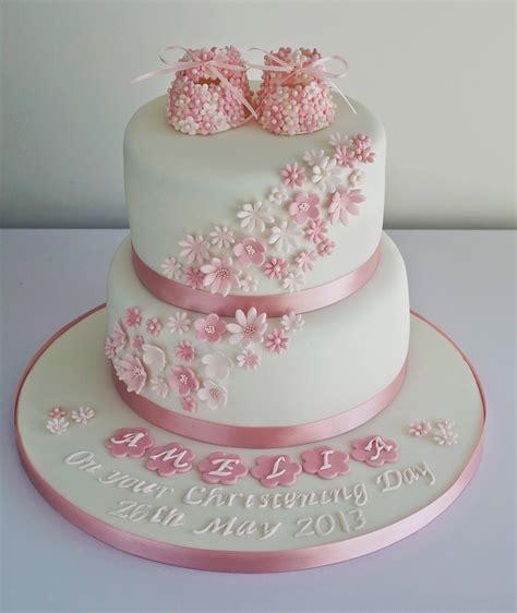 Sugar Ruffles, Elegant Wedding Cakes. Barrow in Furness and the Lake District, Cumbria: Girls