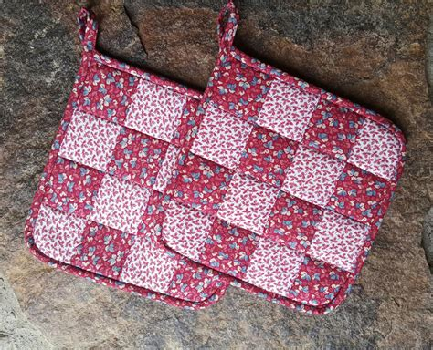 Patchwork Potholders - quilted patchwork 16 patch potholder maine quilt company