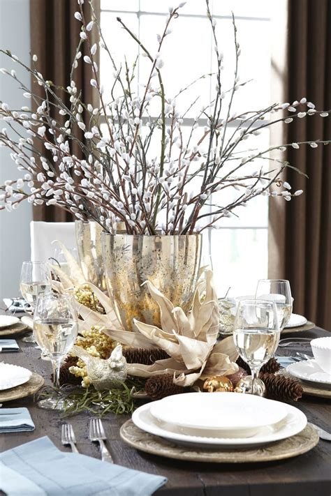 christmas table decorations to make at home 1000 ideas about christmas table centerpieces on