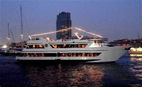 private boat party nyc prices exclusive and luxurious ny yacht charter prices