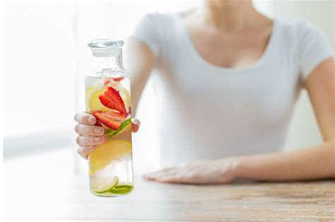 Teeth Hurt Detox by Why Your Detox Water Is Bad For Your Teeth About Smiles