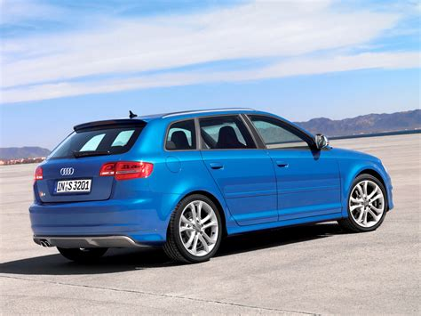 S3 Hatchback 5 door / 8P/8PA facelift / S3 / Audi / Database / Carlook