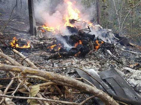 the real crash plane carrying 12 crashes in costa rica abc news