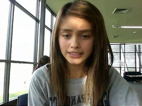 darknet teens girl dances with her eyebrows video