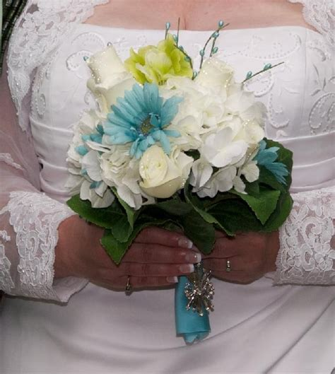 Wedding Bouquet Vintage Brooches by 31 Best Of The Dresses Images On