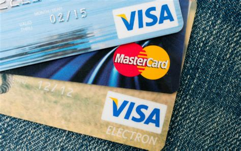 make my trip credit card offers tips for finding cheap lodging when travelling overseas