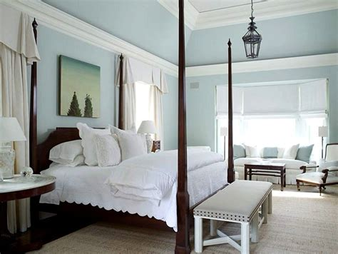 hellblaues schlafzimmer color me pretty paint the walls with color theory