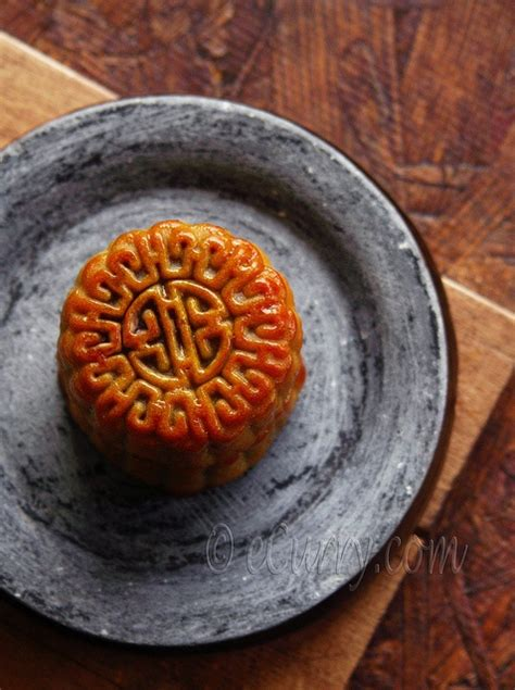 new year moon cake blogged moon cakes are delicious moon