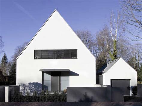 siedlungshaus modernisieren wohnhaus in bad homburg geneigtes dach wohnen