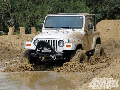 jeep jk girls 1000 images about muddin on pinterest jeeps mud and