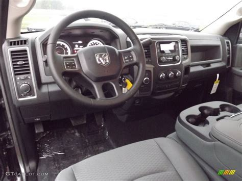 Ram Tradesman Interior by Ram 1500 Tradesman Interior Wallpaper 1024x768 39423