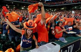 houston s team houston s title 2017 world chion astros books these photos show how the houston astros made world series