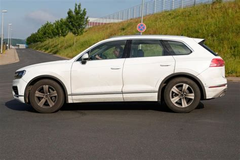 car volkswagen side view 2018 volkswagen touareg release date price review interior
