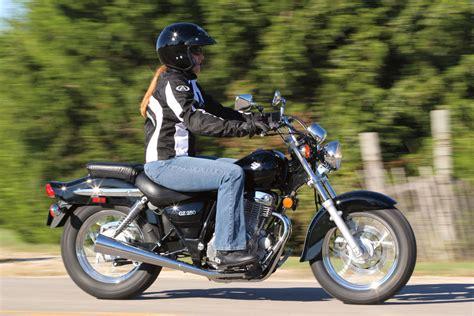 Suzuki Gz Marauder 125 Suzuki Gz Marauder 125 Photos And Comments Www Picautos
