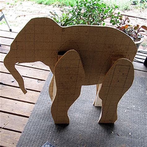 Make Paper Elephant - baby elephant pattern to ultimate paper mache