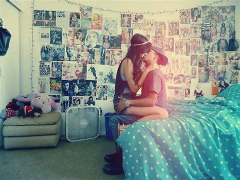 boy kissing a girl in bedroom boy girl kiss room image 532517 on favim com