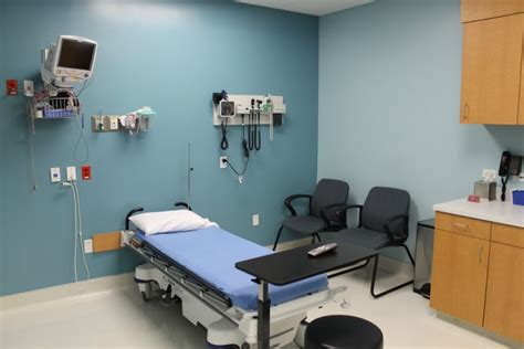 gbmc emergency room neighbors emergency center see inside urgent care center baytown tx business view