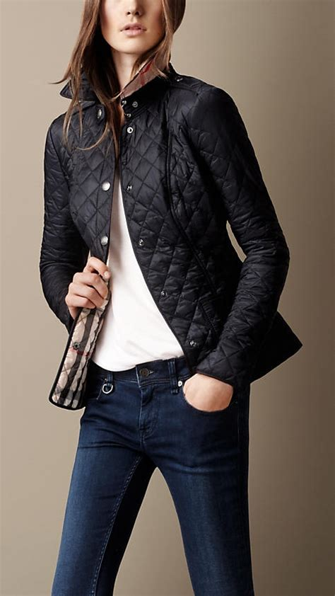 Quilted Jacket Burberry by Best 25 Burberry Quilted Jacket Ideas On