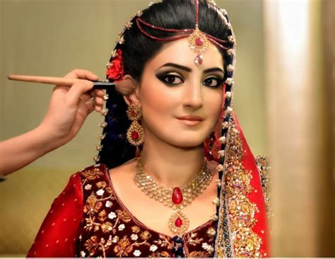 Best Pakistani Bridal Makeup Tutorial With Steps