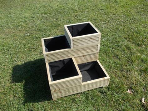 Stacked Planter Boxes by 25 Best Ideas About Large Wooden Planters On