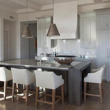 beach cottage kitchen  stained oak cabinets  bronze pulls cottage kitchen