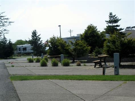 cgrounds in lincoln city oregon premier rv resort of lincoln city oregon 4100 se highway