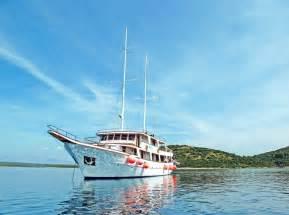 small boat cruise croatia croatia cruises small ships fitbudha