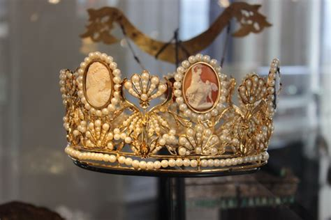 diamond museum amsterdam gift shop royal crowns at the diamond museum history of royal women