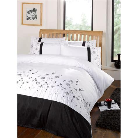 valentina floral patterned embroidered duvet comforter