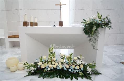 arreglos florales para confirmacion en iglesias ideas para decorar la iglesia con flores decoracion de