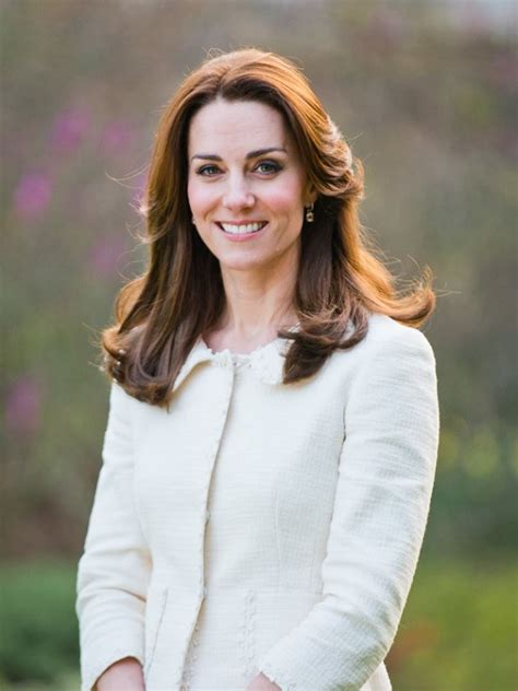 princess kate duchess kate it s alberta ferretti for the cambridges
