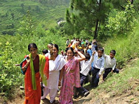 uttarakhand biography in hindi beautiful uttarakhand and their s culture fruit