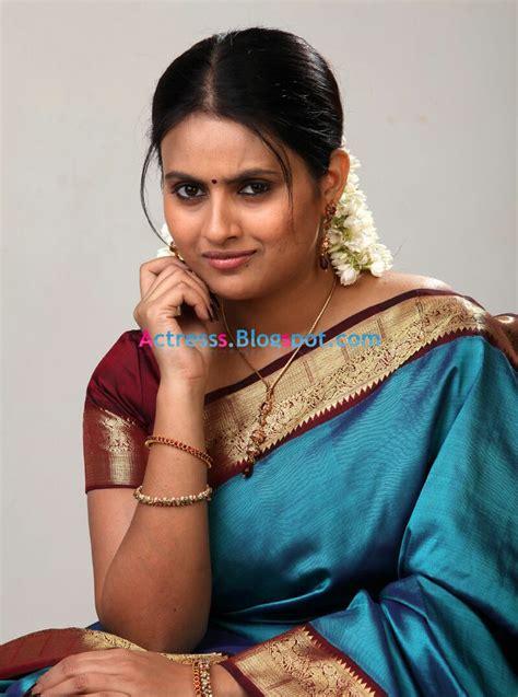 actress kalyani kalyani kaveri actress photos stills wallpapers