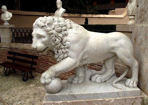 imagenes de esculturas mitologicas pin fotos de escultura em isopor esculturas 011 2476 3078