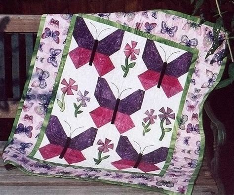 watercolor quilt pattern with cats and butterflies butterfly garden quilt pattern tpq 016 advanced beginner