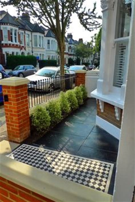 terraced house backyard ideas 1000 images about driveway front garden on pinterest