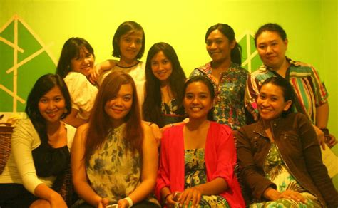 Make Up Di Laris Salon Benhil friendship a escape