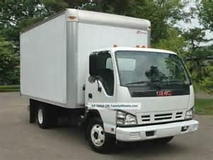 Isuzu Box Trucks 2007 Gmc W3500 Isuzu Npr 14ft Box Truck