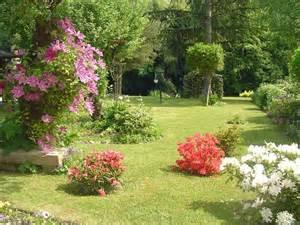 jardin fleuri par royer sur l internaute